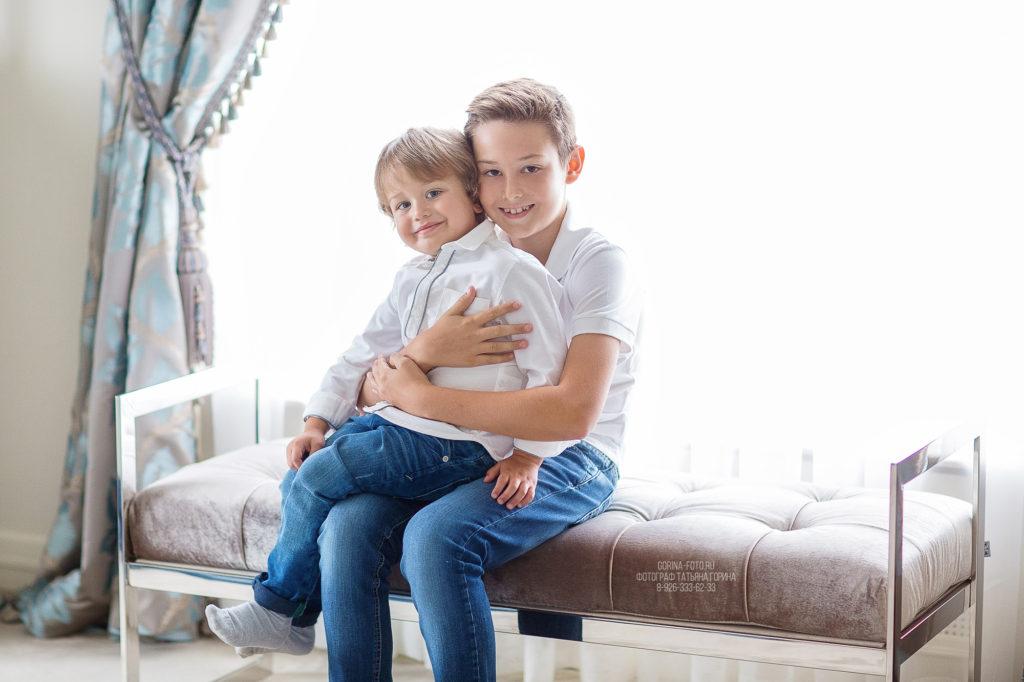 Детская фотосессия дома. Фотограф Татьяна Горина.