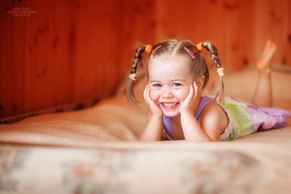 Детская фотосессия на даче. Фотограф Татьяна Горина.
