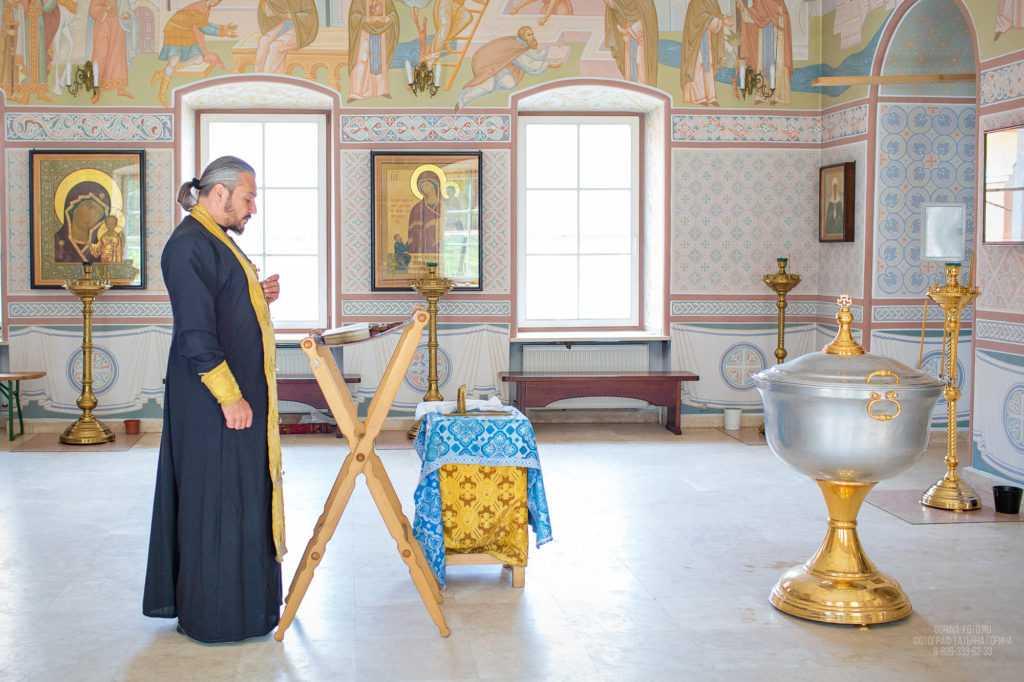 Таинство крещения. Фотограф Татьяна Горина.