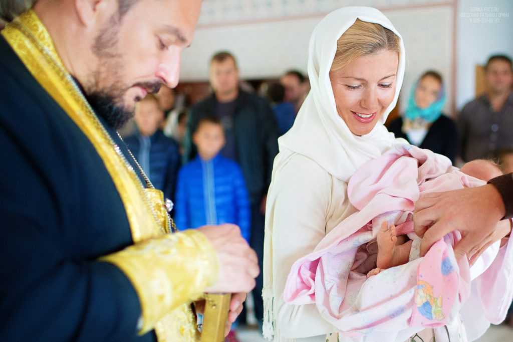 Фотосъемка таинства крещения. Фотограф Татьяна Горина.