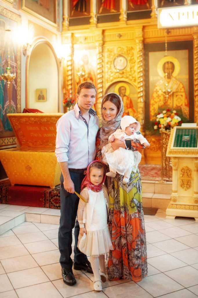 Фотография с таинства крещения. Фотограф Татьяна Горина.