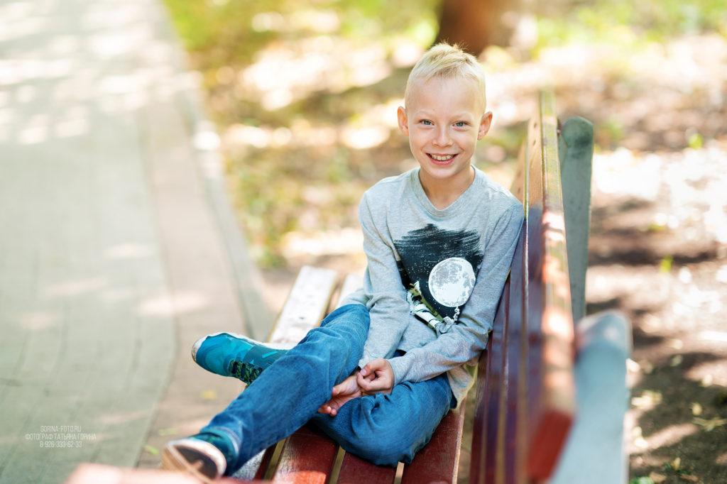 Детская фотосессия в парке. Фотограф Татьяна Горина.
